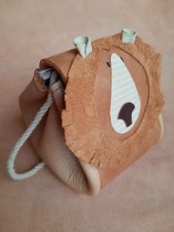 ATELIER OVIVE GRIZZLY BEAR BAG RUST - CAMEL