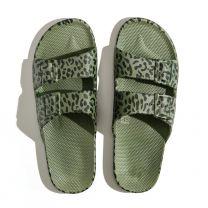 Waterbestendige, milieuvriendelijke Freedom Moses Leo Cactus slippers groen met zwart printje voor meisjes en dames